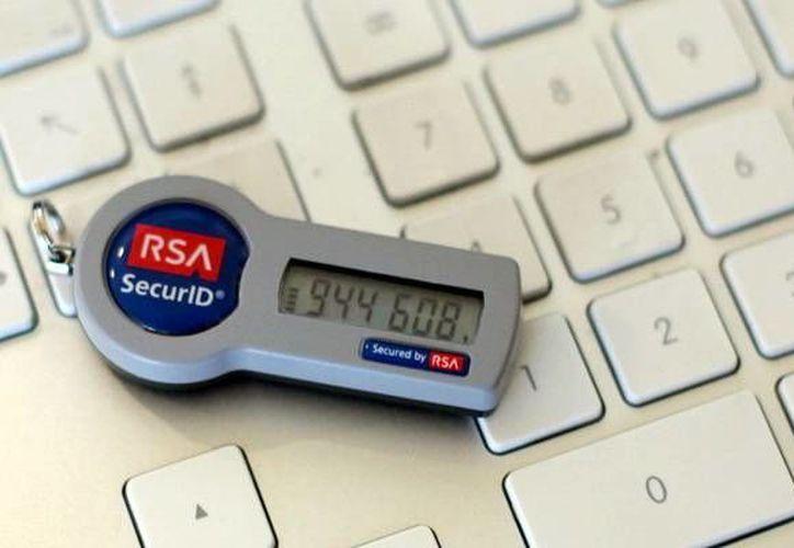 Alertan a usuarios sobre la posibilidad de extracción de datos del token de seguridad. Imagen de uno de los dispositivos de token de seguridad. (Milenio Novedades)