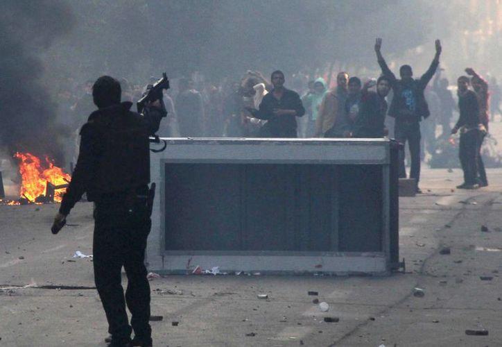 El tercer aniversario de la revolución egipcia dejó 49 personas muertas en choques  registrados en diversas zonas del país. (EFE)