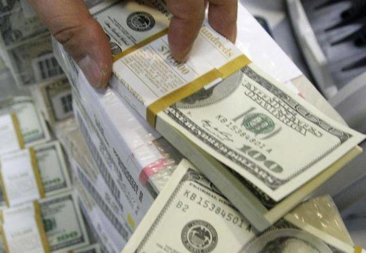 El dinero incautado  fue sustraído del gobierno de Coahuila para trasladarlo a cuentas en el extranjero. (Archivo/Agencias)