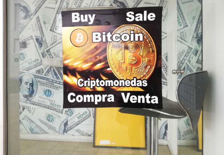 Venden las criptodivisas como el dinero mágico de internet. (Redacción)