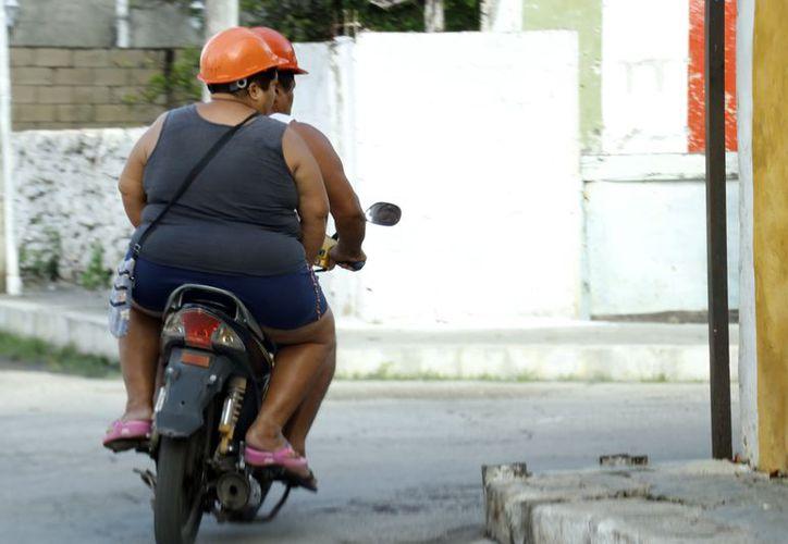 En el primer semestre del año se detectaron casi 7 mil casos de obesidad en mujeres. (Foto: José Acosta/Milenio Novedades)