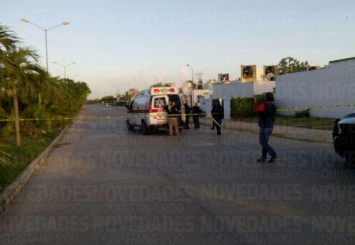 La zona fue acordonada por la Policía Municipal. (Sergio Orozco/ SIPSE)