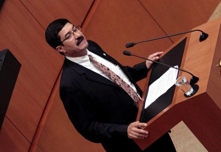 Javier Corral dijo que la discusión de la amnistía a los autodefensas se discutirá hasta el 1 de febrero. (Archivo/Notimex)