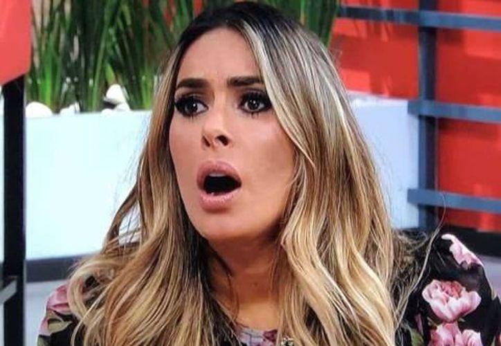 """Galilea Montijo, conductora del programa de televisión """"Hoy"""", de Televisa. (Foto: Internet)."""