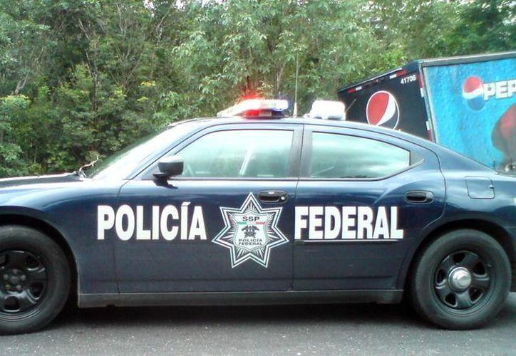 Policía federal vigilará los tramos de carretera donde se puedan desarrollar altas velocidades, así como estar pendientes y apoyar a los accidentes que se puedan dar. (Archivo SIPSE)