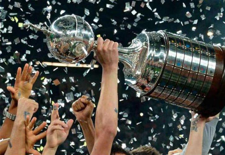La final de torneo de clubes se realizará en un solo encuentro, a partir del próximo año. (Foto: AS)