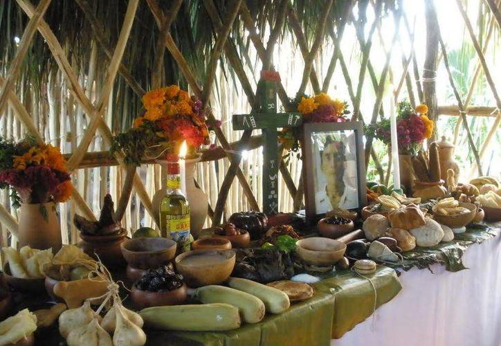 Además de las celebraciones a los Fieles Difuntos (31 de octubre, 1 y 2 de noviembre), llega la fecha para realizar el 'ritual de purificación', que se aplica en varios estados del país. (Jorge Moreno/Milenio Novedades)