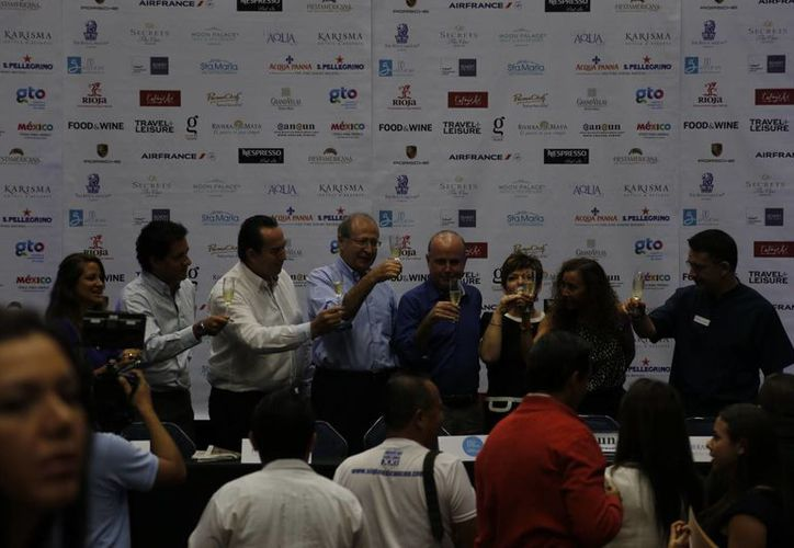 Los organizadores presentaron el programa del evento para el 2015. (Israel Leal/SIPSE)