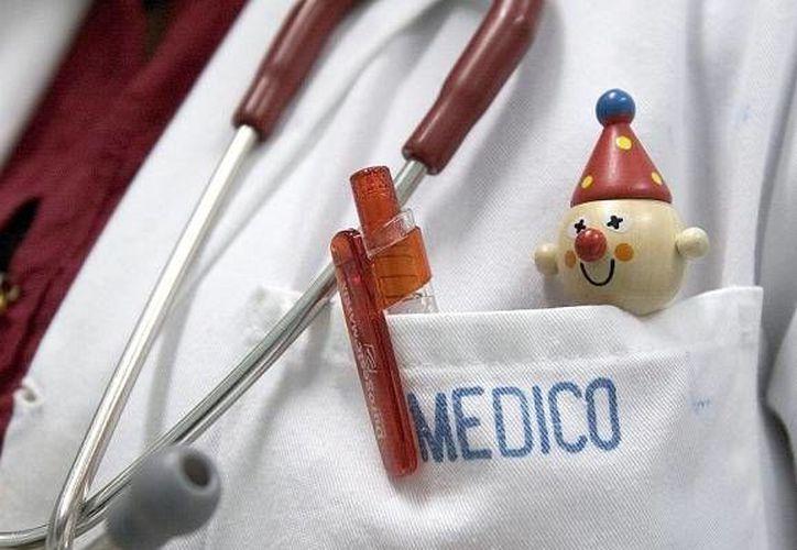 En México se ha registrado un aumento exponencial de unidades, hospitales y centros de atención médica ilegales. (taringa.net)