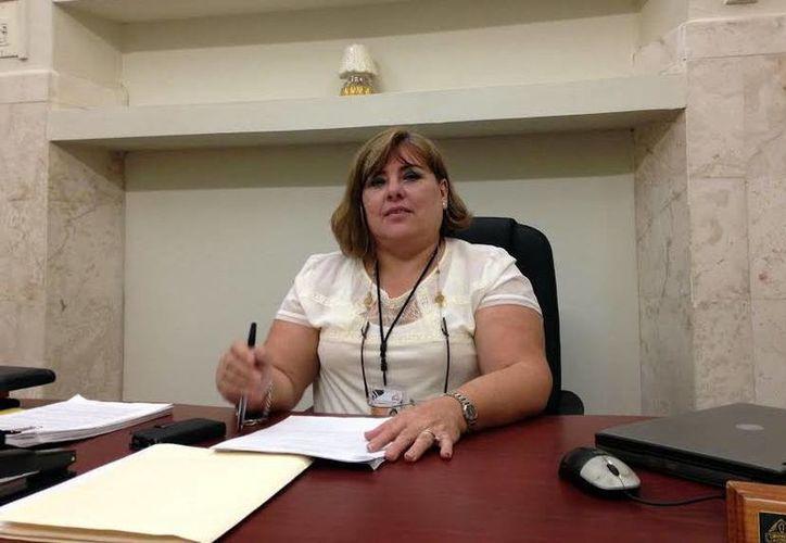 María Josefina Prieto Gamboa, presidenta del Consejo Electoral Municipal, informó del periodo para el registro de planillas por Mérida. (Milenio Novedades)