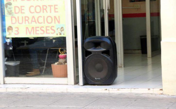 La contaminación auditiva y visual en el Centro de Mérida está a la orden día. (José Acosa/SIPSE)