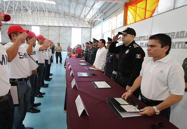 La ceremonia se realizó ayer en el Hangar del Escuadrón Aéreo 201. (Cortesía/SIPSE)