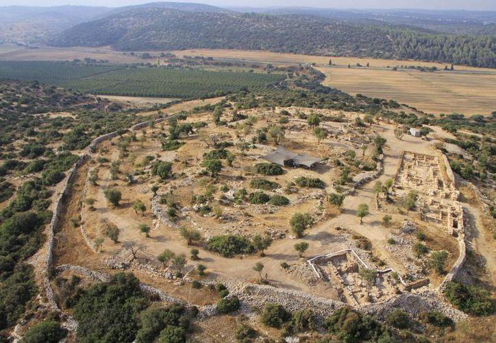 Los expertos dicen que las ruinas datan del mismo periodo que el monarca. (Agencias)