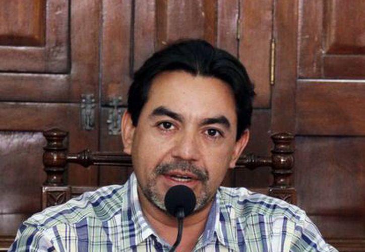 El consejero electoral Carlos Pavón Durán explicó que hay 24 vacantes para puestos relacionados con el servicio profesional electoral y el área administrativa. (Milenio Novedades)