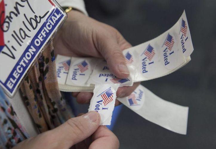 El porcentaje de republicanos e independientes de tendencia republicana que dicen que el proceso electoral está funcionando se ha reducido del 46 % al 30 % desde enero. (EFE)