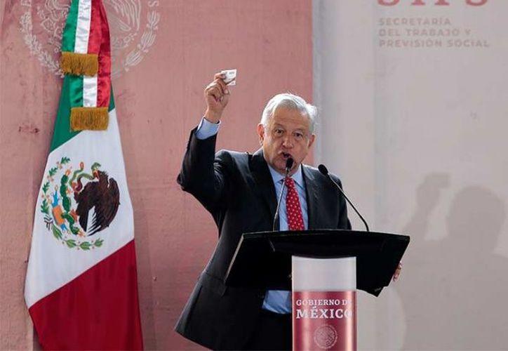 Viajará a Tlapa, Guerrero para la entrega de ayuda económica. (Foto: Internet)
