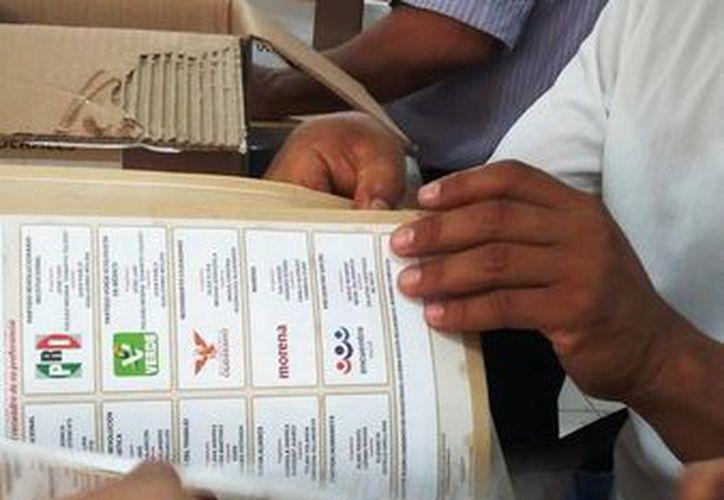 La jornada electoral será vigilada por elementos policiales de los tres niveles de gobierno. (Daniel Pacheco/SIPSE)