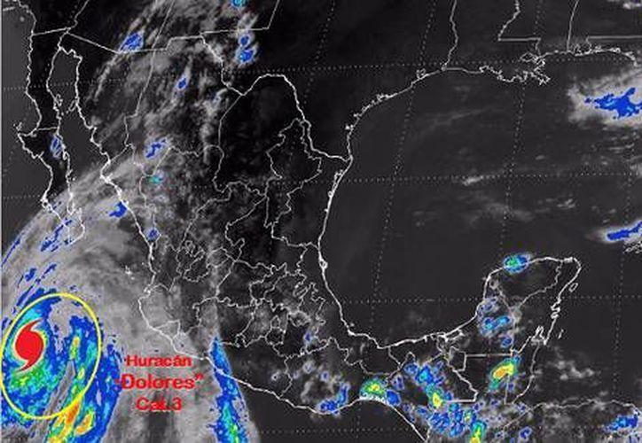 El huracán Dolores se ubica a 470 kilómetros al sur de Cabo San Lucas. (Twitter.com/@Conagua_ clima)