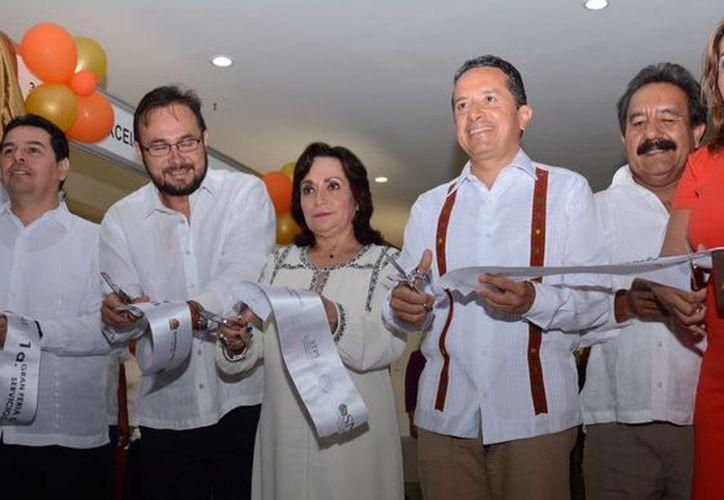 Inauguran la primera gran feria del empleo en el Cancún Center. (Luis Soto/SIPSE)