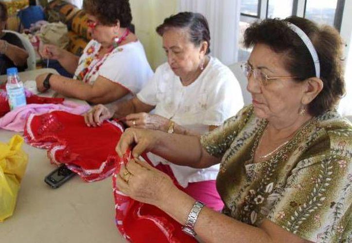la Federación de los Adultos Mayores en Quintana Roo anunció la construcción de un asilo en Cancún. (Israel Leal/SIPSE)