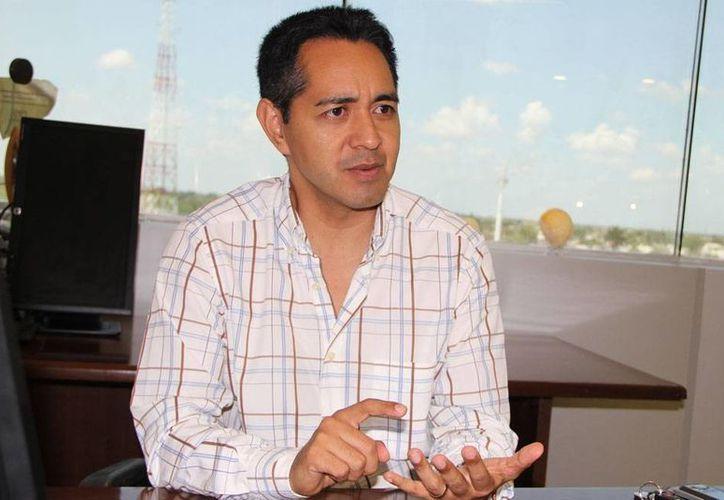Jesús Vega Herrera, delegado del IMPI, exhortó a los emprendedores a registrar sus negocios, a fin de evitar plagio de ideas y proyectos. (Milenio Novedades)