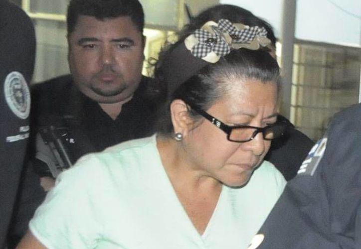 Esperanza Mayo solicitó una prórroga para definir su situación legal. (oem.com.mx/Archivo)