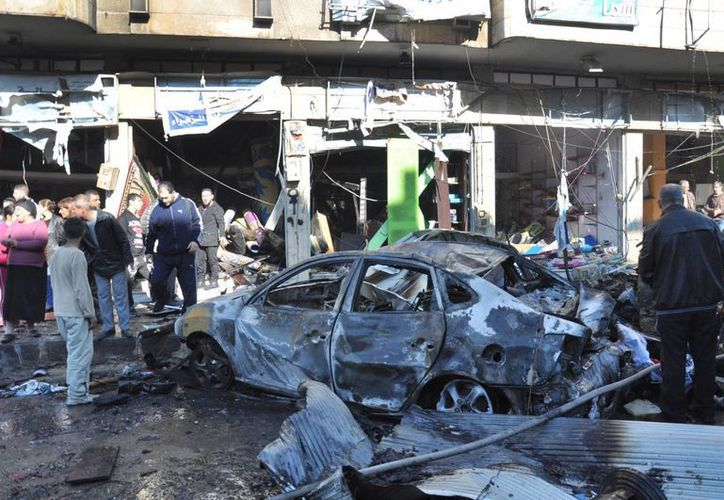 Varios comandantes locales de grupos insurgentes han sido asesinados en Homs. Nadie se ha adjudicado los asesinatos. Imagen de uno de los ataques a Siria. (AP)
