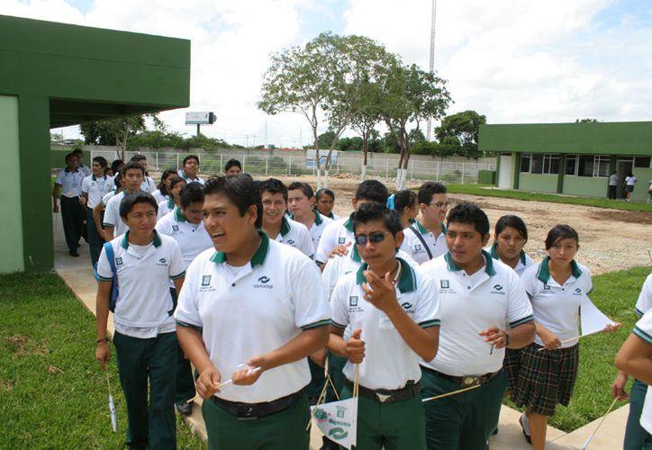Actualmente el Conalep tiene cinco planteles en el estado, de los cuales tres están en Mérida, uno en Valladolid y el otro en Tizimín. (Milenio Novedades)