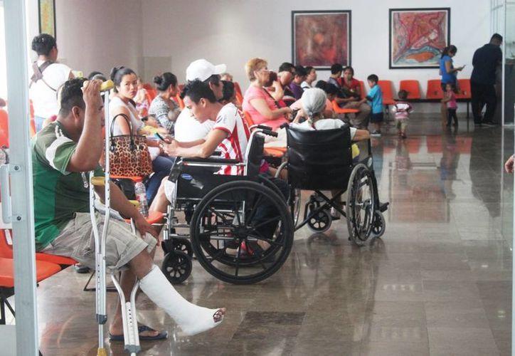 El Hospital General de Playa del Carmen carece de insumos y personal suficiente para dar seguimiento a los pacientes con VIH. (Daniel Pacheco/SIPSE)
