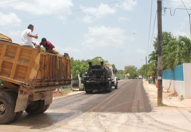 Los trabajos iniciaron en la calle Rafael E. Melgar de la colonia Xamán Kah. (Gloria Poot/SIPSE)