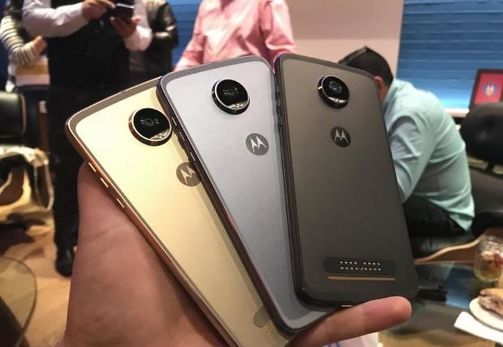 Motorola inició el lanzamiento del Moto Z2 Play. (Rafael Guillén/SDPnoticias).