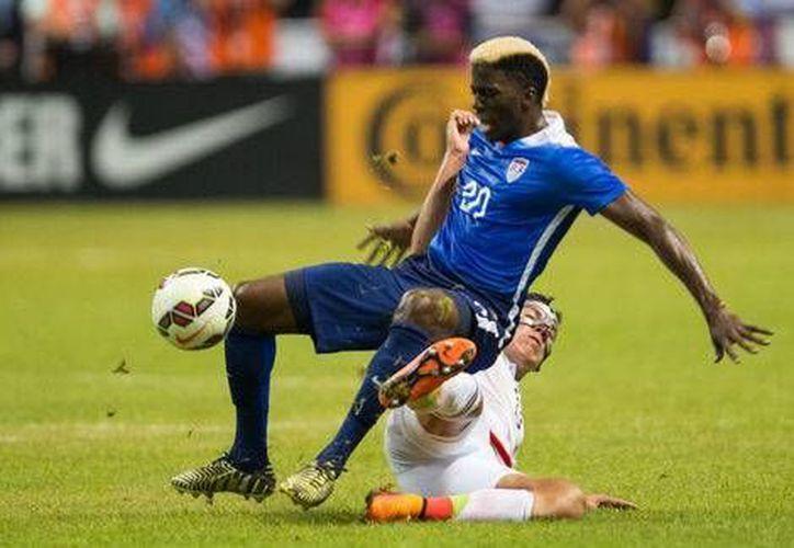 El partido amistoso entre México y Estados Unidos fue deslucido, aunque terminó 2-0 a favor de los norteamericanos. (mexsport.com)