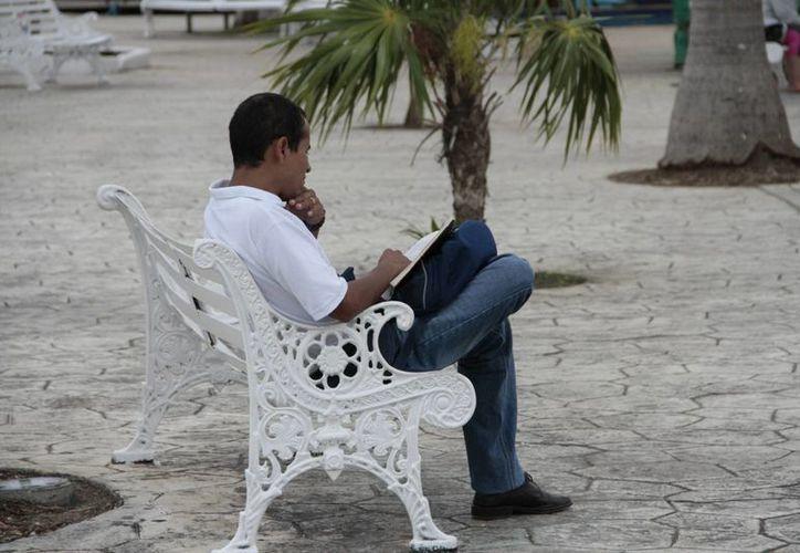 La soledad es un detonante de la depresión en estás fechas. (Tomás Álvarez/SIPSE)