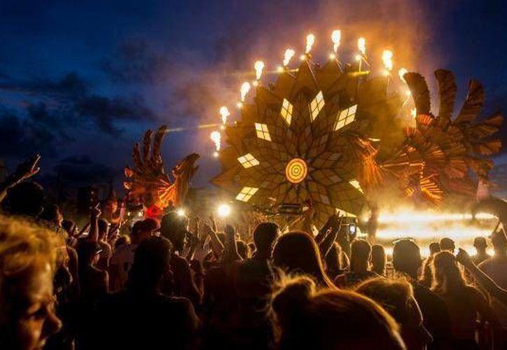 Por primera vez el Corona Sunset Festival se llevará a cabo en cuatro playas mexicanas; la primera será Playa del Carmen. (Contexto/Internet)