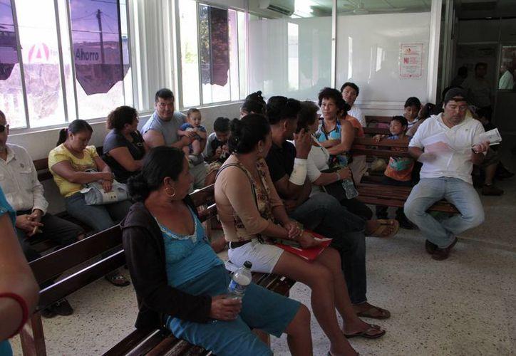 Más del 50 por ciento de las personas registradas en urgencias llegan alcoholizados. (Tomás Álvarez/SIPSE)