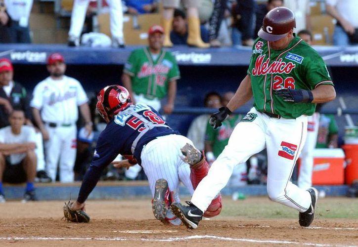 Tomateros de Culiacán está a un partido de tomar la estafeta de Naranjeros de Hermosillo como campeón de la Liga Mexicana del Pacífico. (EFE)