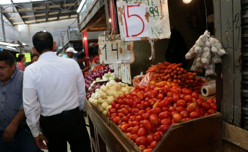 Los precios de la canasta básica van en aumento. (Foto: Daniel Sandoval/ Milenio Novedades)