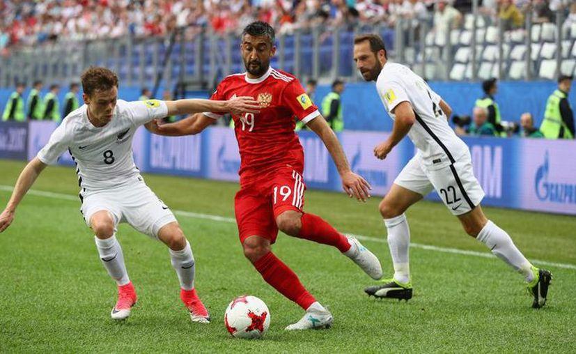 El árbitro señalo el final del juego y Rusia se fue con los 3 puntos a la espera del siguiente partido, ante Portugal, el miércoles 21 de junio a las 17H00. (Foto: Mundo Deportivo)