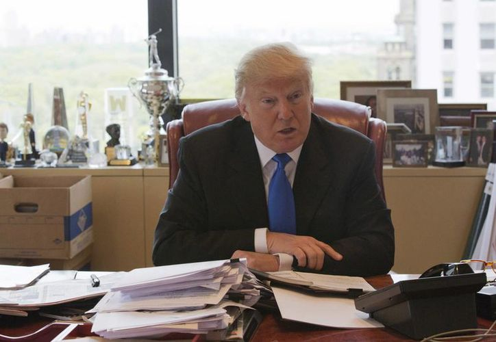 Trump afirmó que él se suma a la esperanza de muchos cubano-estadounidenses de 'ver algún día una Cuba libre'. (AP/Mary Altaffer)