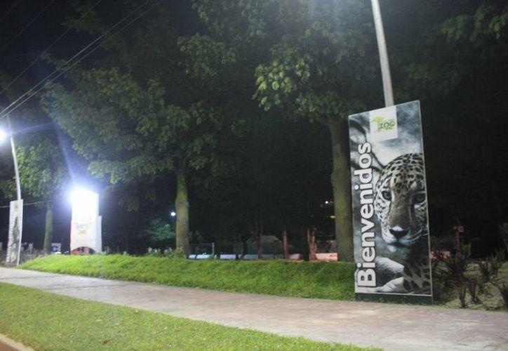 En un recorrido nocturno se pudo corroborar que no hay una patrulla asignada al parque Payo Obispo. (Harold Alcocer/SIPSE)
