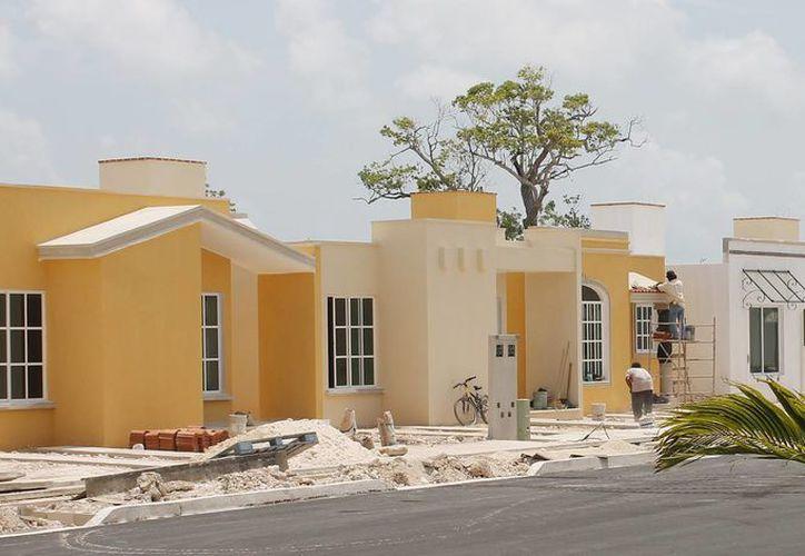 El Infonavit trabaja con tres desarrolladoras de vivienda. (Jesús Tijerina/SIPSE)