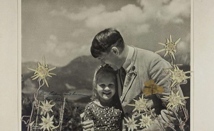 La pequeña siguió manteniendo correspondencia con el Fuhrer pese a su origen, la relación terminó cuando sus asesores prohibieron el contacto. (RT)