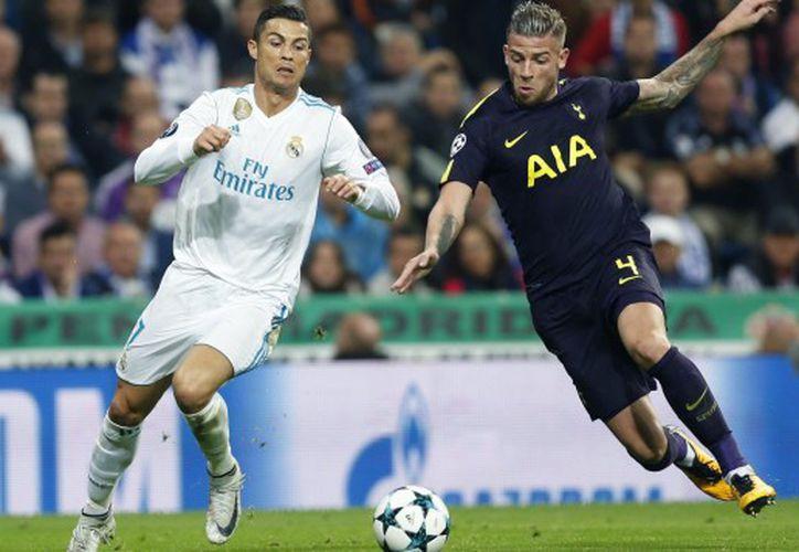 Los equipos jugaron hace un par de semanas en la tercera jornada, en el Santiago Bernabéu. (Foto: AP)