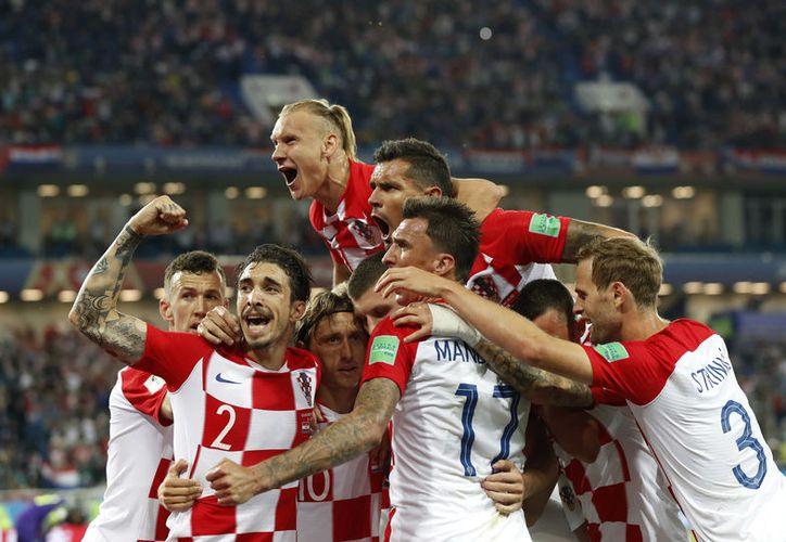 Croacia ganó 2-0 a Nigeria con un gol del astro de Real Madrid, Luca Modric. (Foto: AP)