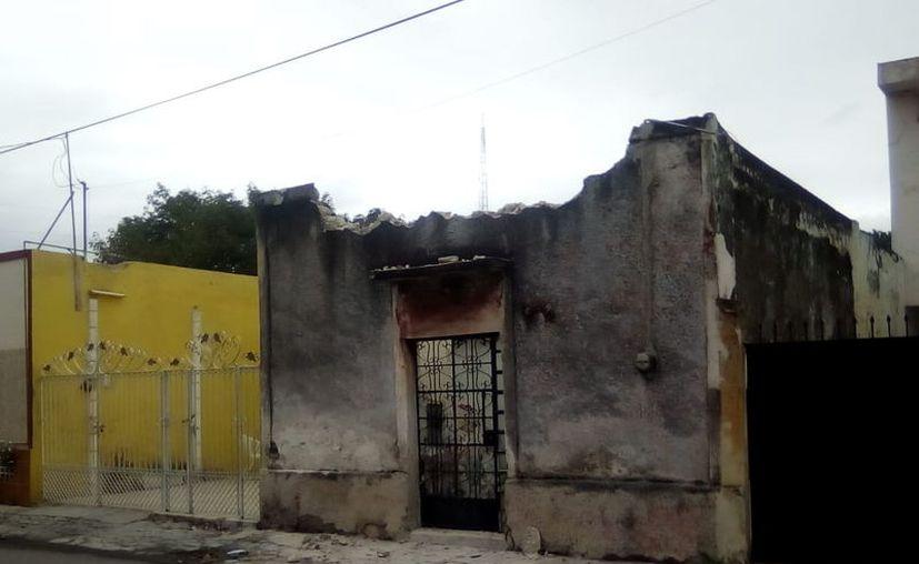 El predio que resulto con esto, se encuentra en total abandono, afirman vecinos del lugar.(Foto: Milenio Novedades)