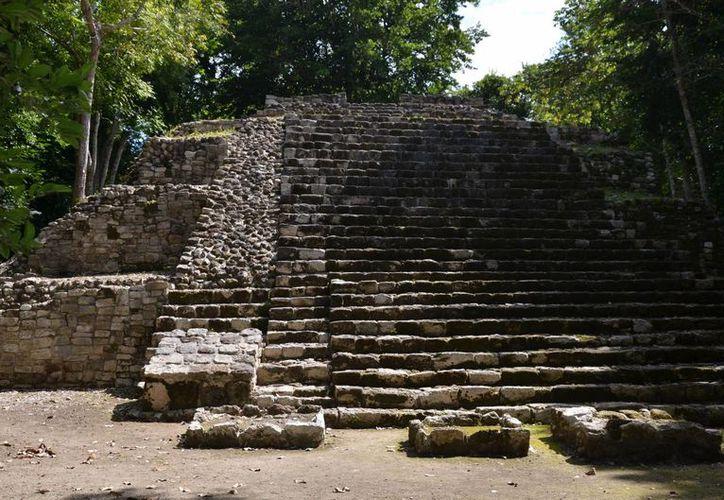 Los sitios arqueológicos también cuentan con ríos, lagos e interesante flora y fauna. (Foto: Juan Rodríguez/ SIPSE)