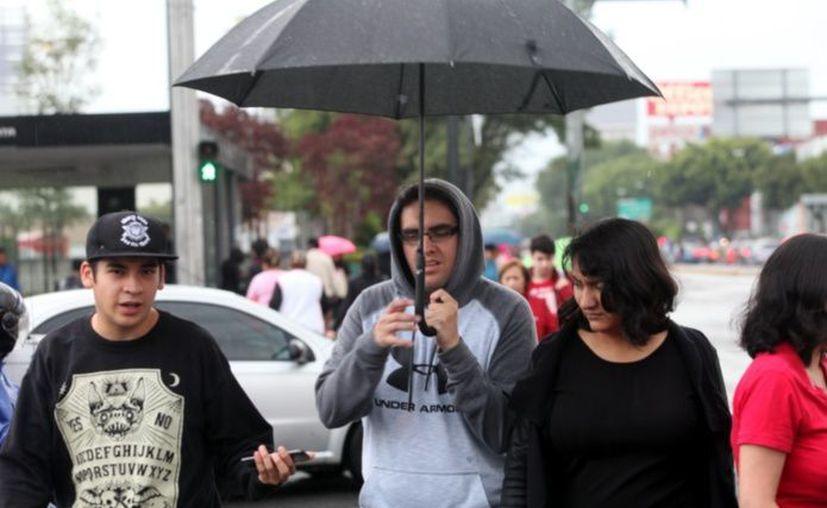 Se estiman temperaturas mínimas inferiores a -5 grados Celsius en las montañas de Chihuahua y Durango e intensas lluvias en gran parte del país. (Debate)
