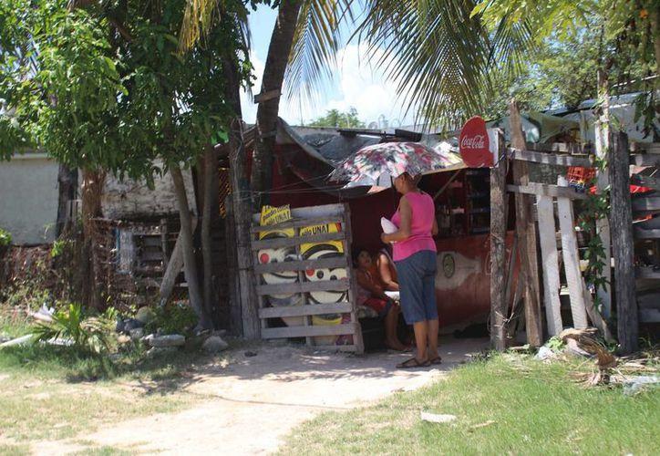 Los habitantes de predios que han solicitado su título de propiedad, son el objetivo del Programa Operativo Anual para su regularización. (Claudia Martín/SIPSE)