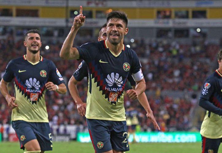 El conjunto Águila supo aprovechar la expulsión del 'Maza' Rodríguez para 'aniquilar' a su oponente. (Foto: Televisa Deportes).