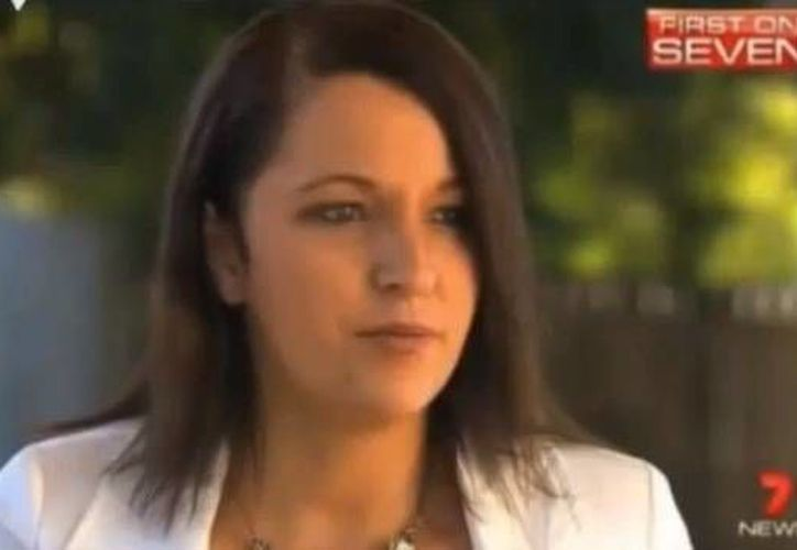 La mujer acabó retirándose de la vida política no sólo por lo que dijo en la entrevista, sino porque pegó etiquetas antiterroristas en un supermercado. (Agencias)